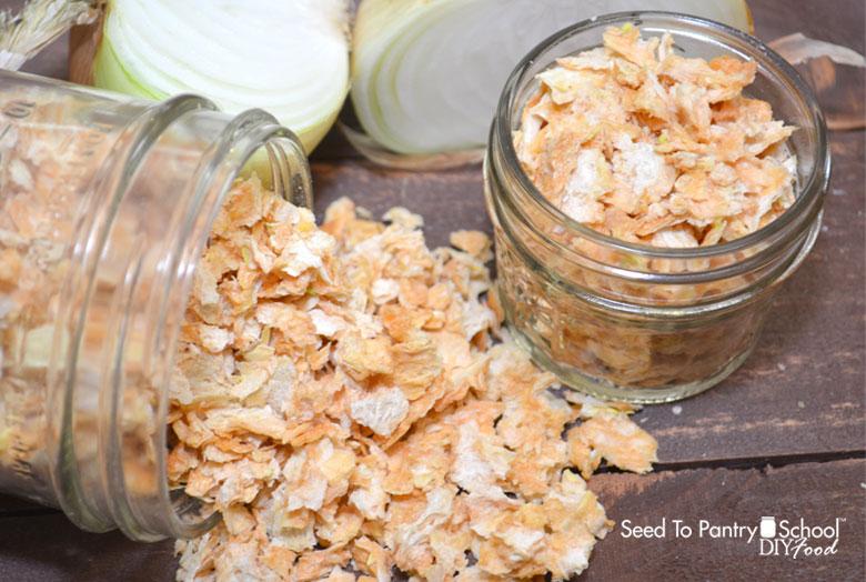 dehydrating-onions