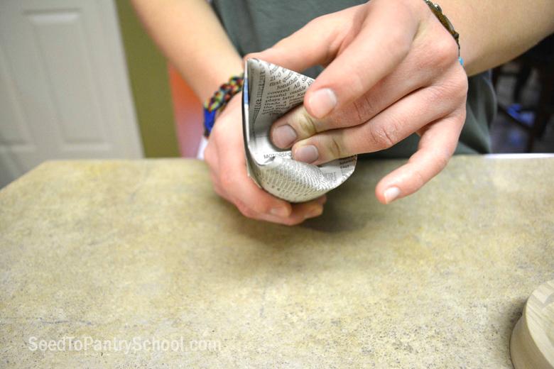 start-seeds-indoors-paper-potter