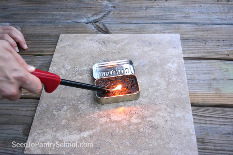 make-altoids-candle-stove