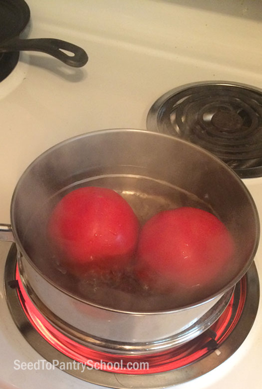 water-bath-can-tomatoes