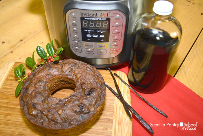 instant-pot-fruitcake-vanilla-extract